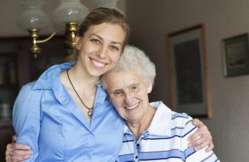 Un job d'été auprès des personnes âgées !