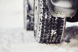 Sécurité routière : quels pneus en hiver ?