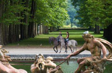 Un parcours à cheval accessible à tous dans le parc du château de Versailles