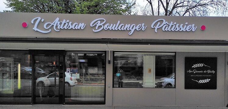 La boulangerie se pare d'une nouvelle devanture – Ouverture pendant les prochains jours fériés